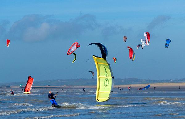 kitesurfing camber sands