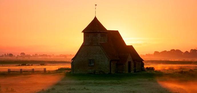 St Thomas a Beckett Church, Romeny Marsh, Fairfiield, Kent, England