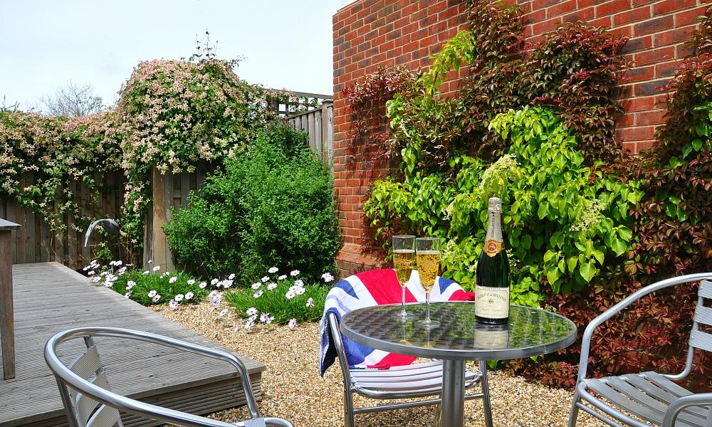 whitebeam garden1