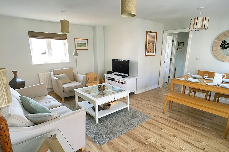 Beachcomber open plan living / dining space