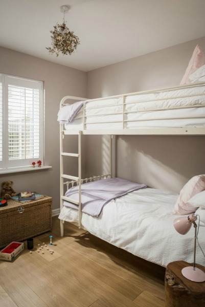 rye bay house kids bunk room