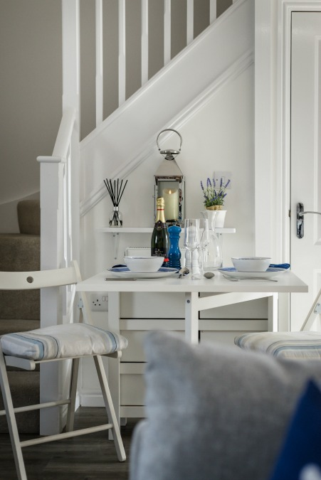 Seasalt camber dining table