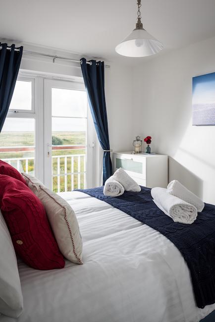 bedroom marsh view