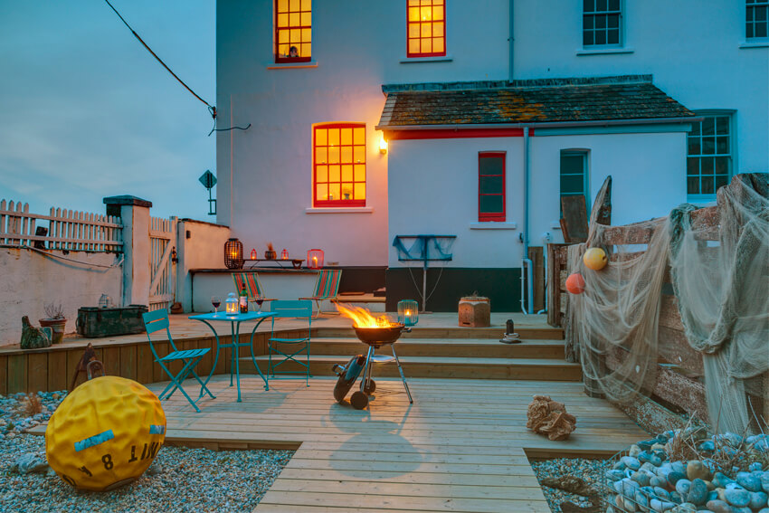 Coastguards Lookout luxury cottage by the sea