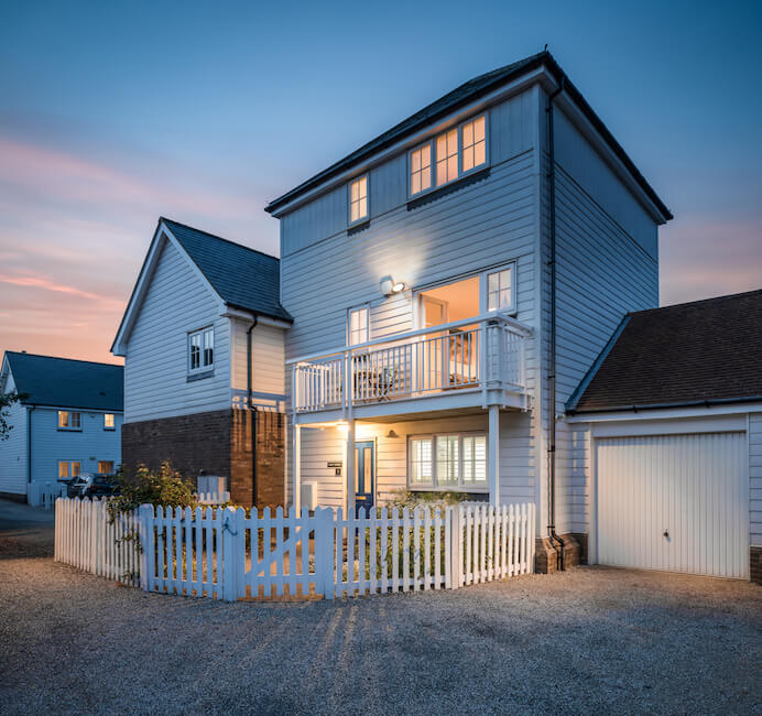 Salty Towers luxury cottage by the sea