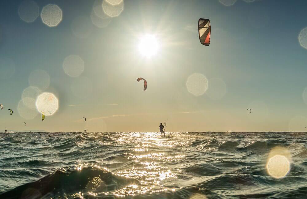 Kitesurfing in Camber Sanda