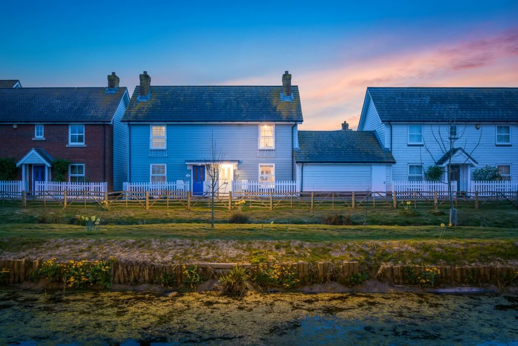 Luxury holiday cottage on the beach UK