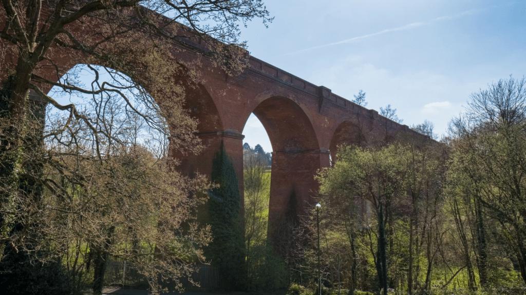 Bluebell Steam Railway takes passengers to Sheffield Park Gardens